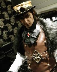 a shot of my reaver cosplay from fable 3 in our majestic hotel away back