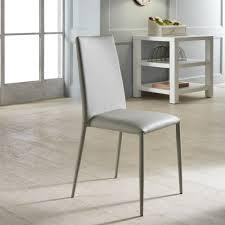 Moderne Stühle im italienischen Design