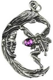wear this amulet close to your heart to seek the guidance of the dess and the
