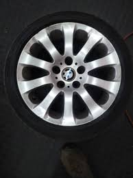 17 Bmw E90 Mags Plus Run Flat Tyres In Excellent Condition Junk Mail