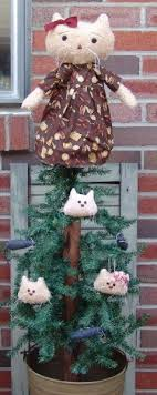 Best Type Of Artificial Christmas Tree  Christmas Lights DecorationCat Themed Christmas Tree