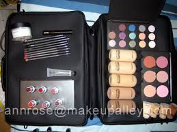 mac pro student color and tool kit pictures mac makeup
