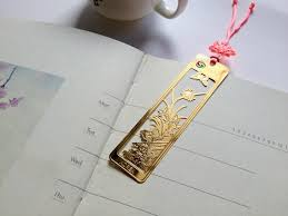 including four metal bookmark with four chinese knot as picture showed