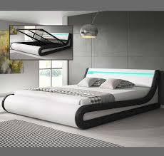 +39 0423 650052 (sede) cell. Letto Contenitore Di Design Parisina In Colore Bianco Con Nero Con Luci Led