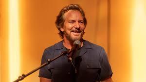 Eddie Vedder Unveils <b>Pearl Jam's</b> New Album, 'Gigaton' – Variety