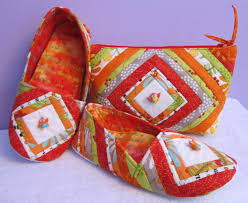 Cool Cats and Quilts: Quilted Mama Bear Slippers & Cosmetic Bag ... & Quilted Mama Bear Slippers & Cosmetic Bag, New Pattern from Cool Cat  Creations Adamdwight.com