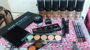 makeup forever essential kit