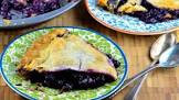blue ribbon wild blueberry pie