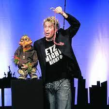 When and where sascha grammel was born? Comedy In Garching Sascha Grammel Lasst Die Puppen Tanzen Munchen Landkreis