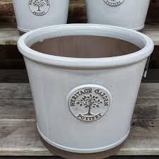 heritage garden pot large cream
