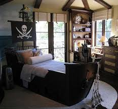 Kids Room: Pirateship Theme Bedroom With Wall Murals - Pirate Themed Bedroom