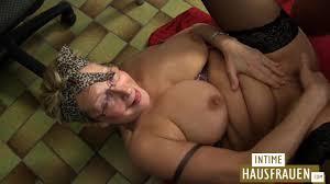 Omas pussy wird geil gepoppt PornHubDeutsch.org