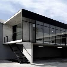 Small office architecture Architectural Cats Dezeen Showroom Ofimodul By Staciónarquitectura Arquitectos Dezeen