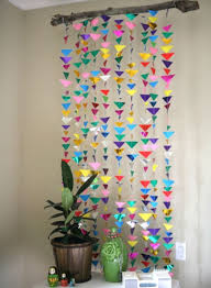 hanging triangle garland via mylifeatplaytime hanging triangle garland pic for 20 diy decorating ideas for girls room diy