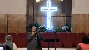 <b>Aretha Franklin</b> honored at prayer service at New Bethel Baptist ...