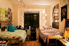 Bedroom:Simple College Dorm Room Design With Wooden Nuance Elegant Small  Twin Bedroom For Dorm