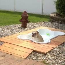 Μία πισίνα στο κήπο σας....