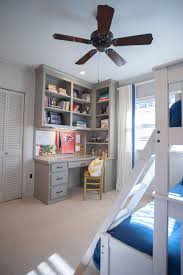 Idea for my desk. Only I need more bookshelves. And a drafting table.