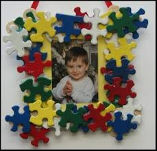 My Picture Frame Wreath  Christmas Canu0027t Live Withouts Christmas Picture Frame Craft Ideas