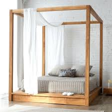 Mesh Bed Canopy Canopy Bed With Suitable Four Poster Bed Curtains ...