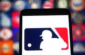 Chicago Cubs: Rob Manfred is up to his ...