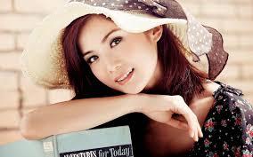 Beauty wearing a hat-oriental beauty ...