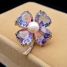 <b>CINDY XIANG</b> Omber Color <b>Cubic Zirconia</b> Clover Brooches For ...