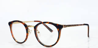 Hasil gambar untuk image kacamata minus