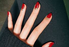 How To Christmas Nail Designs 9 Best Christmas Nail Art Ideas To Copy Beauty Crew