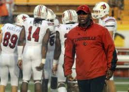 Louisville S Strong Continues To Build His Arkansas Resume