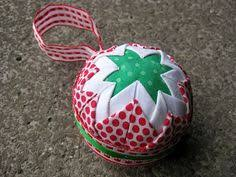 Free Pattern – Quilted Christmas Ornaments (no sew) with a VIDEO ... & Quick and easy no sew Christmas ornament Adamdwight.com