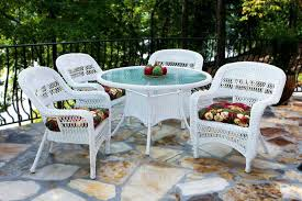 image of white wicker patio furniture outdoor
