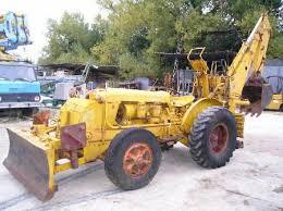 trattori e trattori agricoli stradali gommati cingolati  Images?q=tbn:ANd9GcTqG_FcX-ZgzYOA6MoNCmZtolh3Hrnl0_HjU_PnCVZtEF7xvHCe