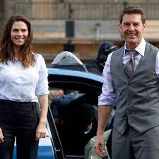 Tom Cruise And Hayley Atwell Reportedly ...
