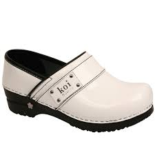 sanita koi lindsey patent leather women s clog white