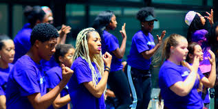 about us after school matters after school matters® is a non profit organization that provides life changing after school and summer program opportunities to more than 15 000 chicago