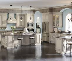 traditional kitchen featuring cream colored selena cabinets with glaze