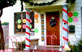 Candy Cane House Decorations Decorating Your Front Porch for the Holidays Jonathan Fong Style 24