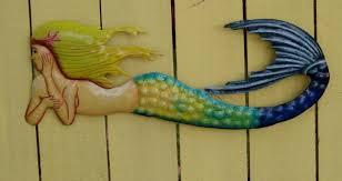 18in metal swimming mermaid wall decor