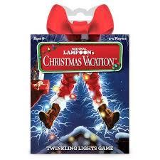 Las reglas, fáciles, se asumen enseguida. Funko Juego De Mesa Vacaciones De Navidad Juego De Cartas Distrito Max