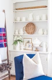 how to decorate shelves for winter on