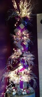 Purple Christmas tree. Purple Christmas Tree DecorationsPurple ...