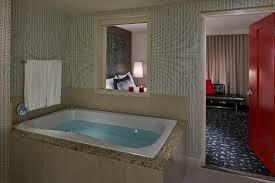 kimpton hotel palomar los angeles beverly hills soaking tub in bathroom