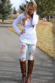 What To Wear With Patterned Leggings Simple Ideas