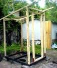 Как построить деревянный туалет своими руками 109