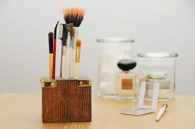 wooden block brush storage