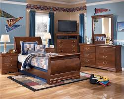 Sleigh Bed Bedroom Set Signature Design By Ashley Wilmington Queen Louis Philippe Sleigh