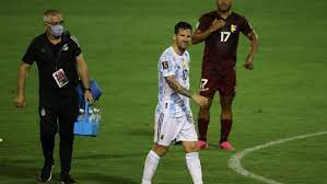 Lionel Messi arrives in Brazil limping ...