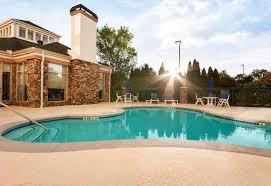 hilton garden inn atlanta northpoint alpharetta pool