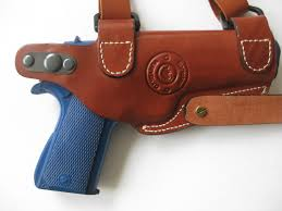 picture of left hand tan leather horizontal shoulder holster for sig sauer p220 p2l sig